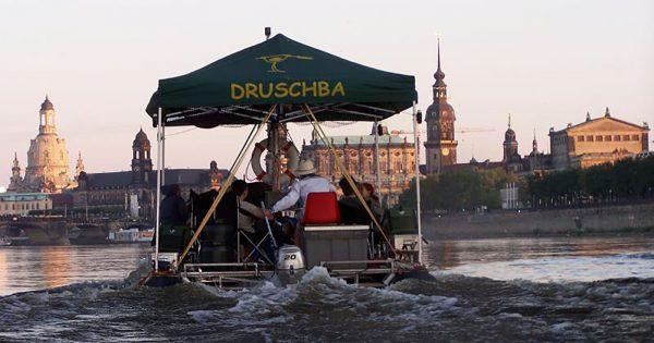 Floßfahrt in Dresden - Die Rundfahrt - Erlebnisfabrik